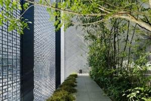2715-architecture-design-muuuz-magazine-blog-decoration-interieur-art-maison-architecte-hiroshi-nakamura-nap-optical-glass-house-hiroshima-03
